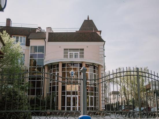В Астрахани при строительстве водного центра украли почти 3 млн