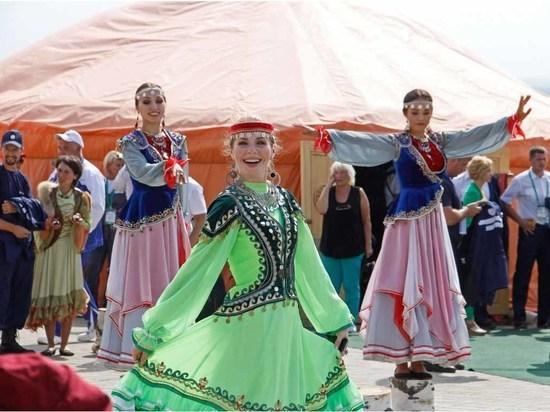 Уфимцев приглашают стать волонтерами VI Всемирной фольклориады
