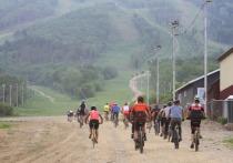 Дуатлон загнал сахалинцев в гору на велосипедах и бегом