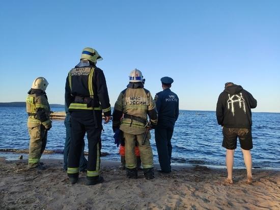 Одного из утонувших в Петрозаводске подростков дважды доставали из-под воды