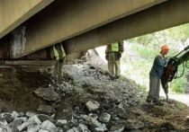В Красноярске стартовали плановые ремонтные работы одновременно нескольких мостов в городе