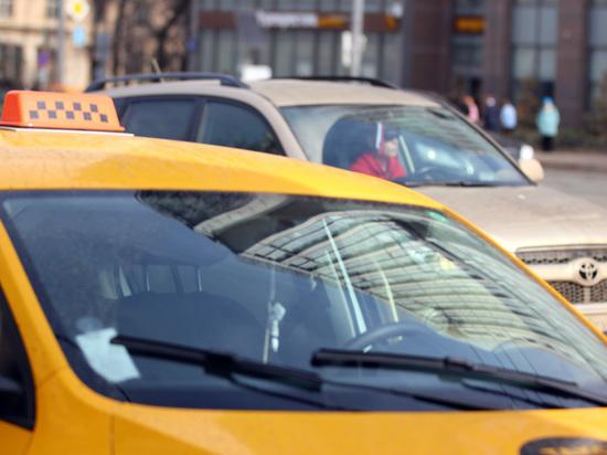 Новые ограничительные меры в Москве не коснуться такси и каршеринга