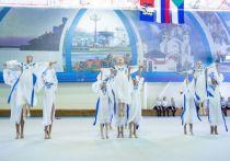 Возраст гимнасток, выступавших в традиционном фестивале «Амурчаночка», который вот уже 11 лет ежегодно проводится в Хабаровске, варьировался от 6 до 16 лет – сообщили организаторы события