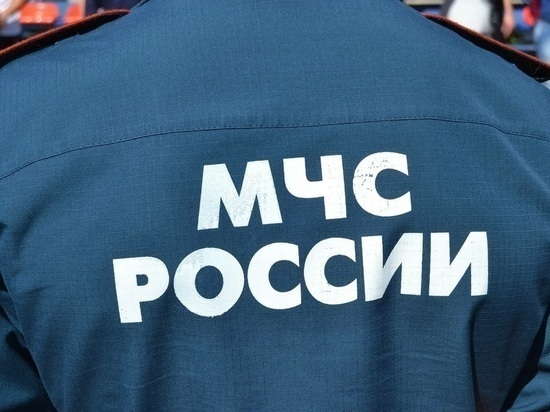 Три человека погибли при пожаре в доме в Якутске