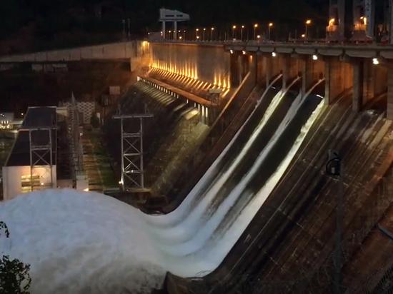 Уровень воды в Енисее повысился за сутки на 3,4 см в Красноярске