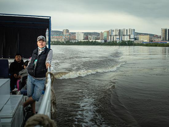 Для жителей Улан-Удэ проводятся речные прогулки на катере по Селенге