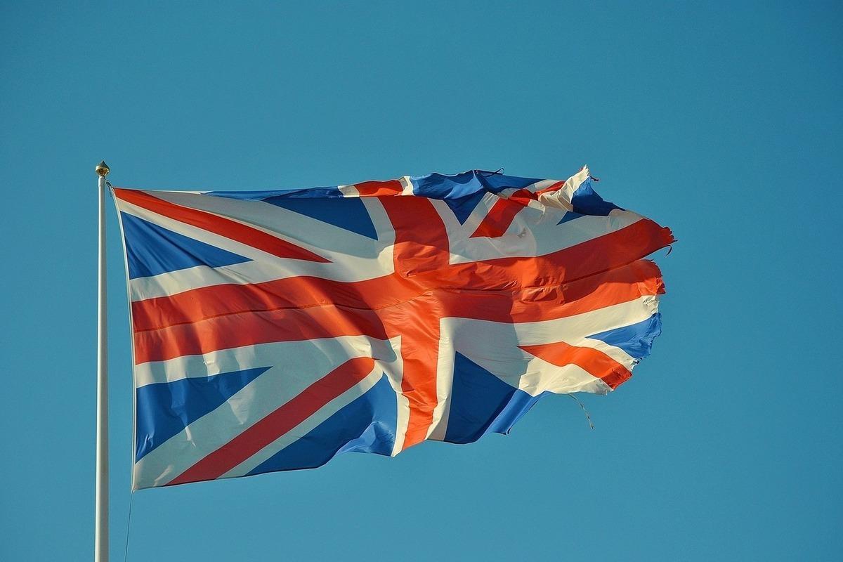 Великобритания пообещала жестко отвечать на враждебные действия России