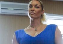Балерина Анастасия Волочкова решила попробовать себя в новой профессии