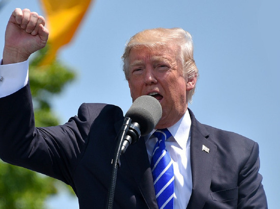 Трамп возмутился из-за симпатий между Байденом и Макроном