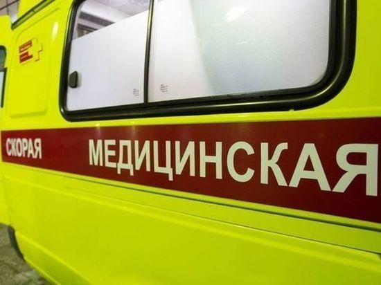 В Омске ночью водитель сбил юношу и скрылся с места аварии