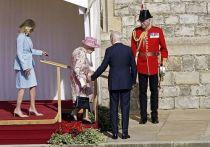 Президент США Джо Байден и его жена Джилл побывали на приеме у королевы Великобритании в Виндзорском замке