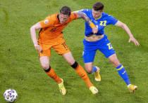 """Лучший (пока) матч на Евро-2020 состоялся в Амстердаме на """"Йохан Кройф Арене"""", где играли сборные Нидерландов и Украины. Пять голов во втором тайме, камбэк Украины при казалось безнадежных игре и счете 0:2, и победа Нидерландов 3:2 после гола Дюмфриса, забитого на 85 минуте! Драматическая игра, счет и прекрасный футбол в исполнении голландцев."""