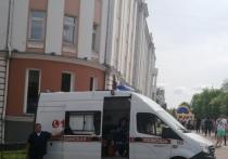 Ребенок в возрасте двух лет выпал из окна на третьем этаже многоэтажного дома по улице Машинистов в Хабаровске