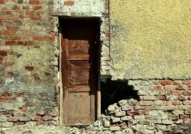 Дожди разрушили жилой дом на окраине Донецка