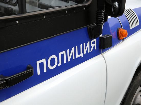 Полиция Петербурга разыскивает гражданку Белоруссии, бросившую трехлетнего сына в коммуналке