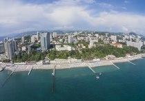 «Наше Черноморье дешевеет, даже Сочи!» — полетела радостная молва среди российских отпускников с подачи отечественного союза туриндустрии, отметившего на днях, что сочинские отели начали снижать цены из-за отсутствия туристического спроса