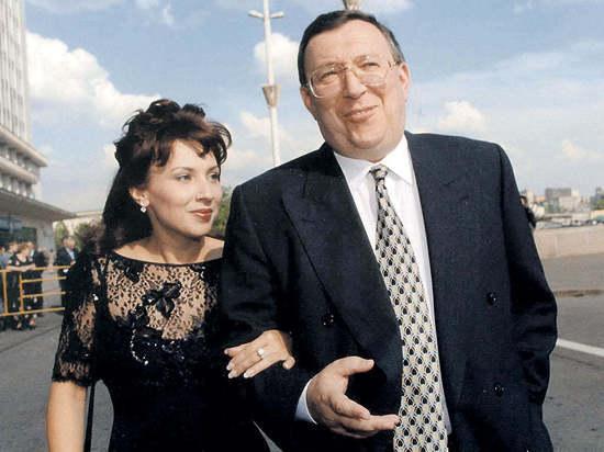 """""""Он полз"""": Жена Гусинского рассказала, как избила олигарха и заставила его бежать"""