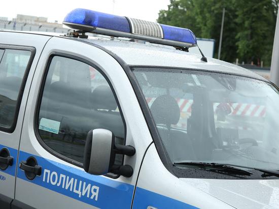 Вызволять директора департамента из полиции приехала его мать