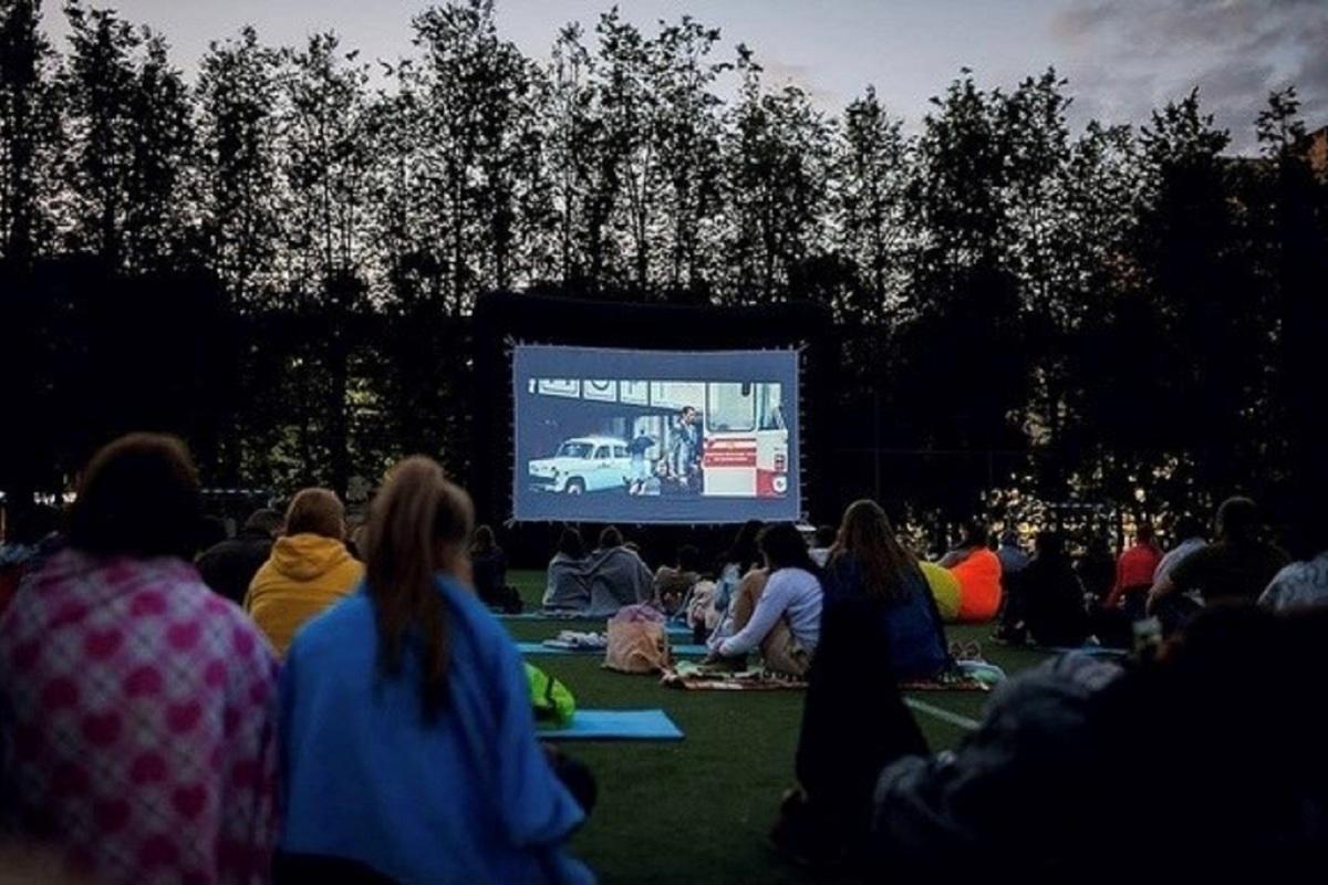 «Ростелеком» открыл летний кинотеатр в Костроме