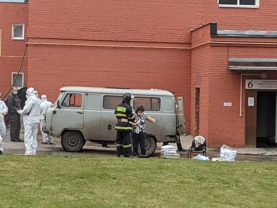 Пострадавшую при пожаре в рязанской больнице медсестру прооперировали