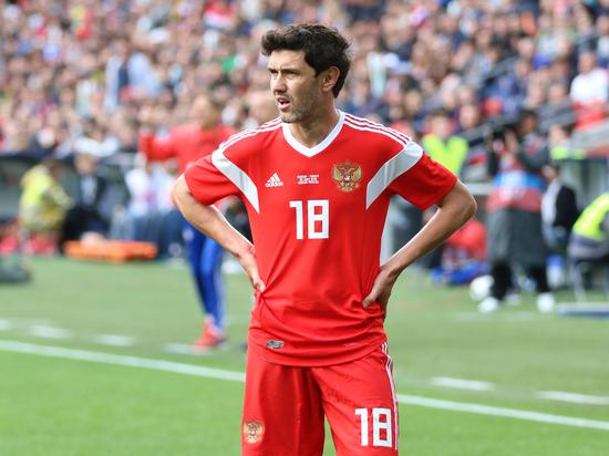 Сборная России по футболу потеряла самого опытного защитника — Юрия Жиркова