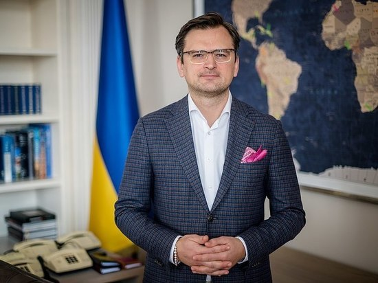 Кулеба: Украина не признает решений Путина и Байдена по стране