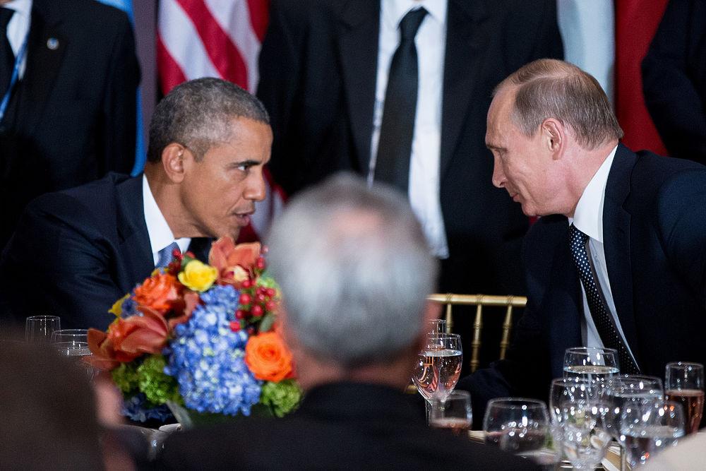 Нежные фото Путина с президентами США: когда его еще любили