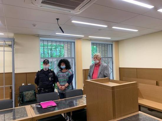 Бывшую сотрудницу МИД России приговорили за кражу 1 млн долларов