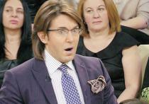 Ведущий «Пусть говорят» Дмитрий Борисов заболел коронавирусом