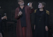 Театр имени Вахтангова начал свои гастроли в Омске с «исторически недостоверной комедии» Фридриха Дюрренмата «Ромул Великий»