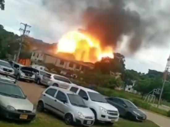 СМИ: в Колумбии не менее 35 солдат пострадали при взрыве на военной базе