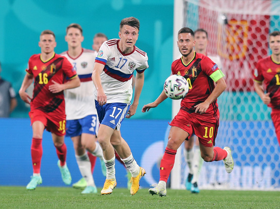 Готовимся к решающему матчу Евро-2020 с Финляндией и вспоминаем дебюты сборной России на международных чемпионатах в нынешнем столетии.