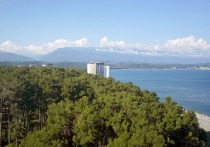 Отдохнувшие в Абхазии россияне возмутились грубым отношением к туристам во время заселения в гостиницу и пожаловались на работников отеля