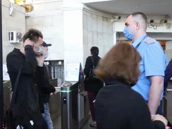 В Петербурге проверили соблюдение антиковидных мер в общественном транспорте