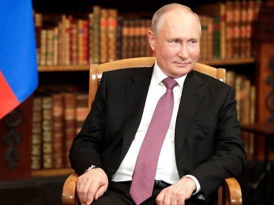 Путин заявил о том, что Навальный сознательно нарушил закон