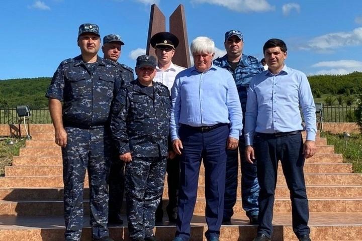 Глава Новолакского района Дагестана поблагодарил костромских полицейских за службу