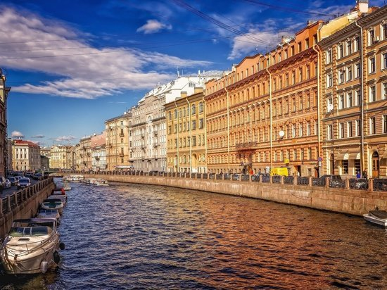 В Петербурге начали действовать новые коронавирусные ограничения