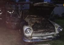 В уничтоженном огнем ретро-автомобиле под Калугой погиб мужчина