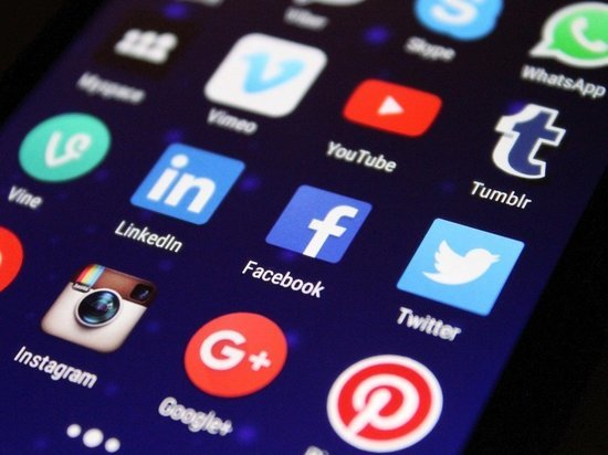 Госдума приняла закон об обязанности IT-гигантов открывать филиалы в России