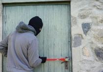 Воры и грабители постоянно улучшают свои навыки и способы проникновения в квартиры