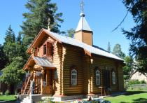 Утром 17 июня в деревянном храме Казанской Иконы Божией Матери в курортном городе Нарва-Йыэсуу вспыхнул пожар