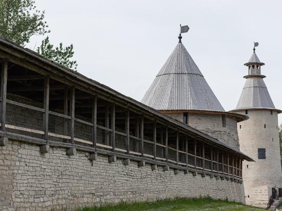 В пятницу псковский музей закрывает для посещения экспозиции и выставки