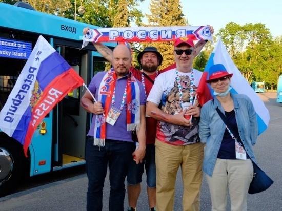 Болельщикам будут показывать новости в петербургских автобусах-шаттлах