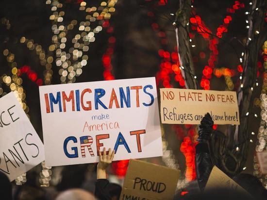 Иммиграционная служба США восстанавливает ряд дотрамповских правил