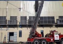 В калужском Обнинске тушат пожар на мясоперерабатывающем заводе