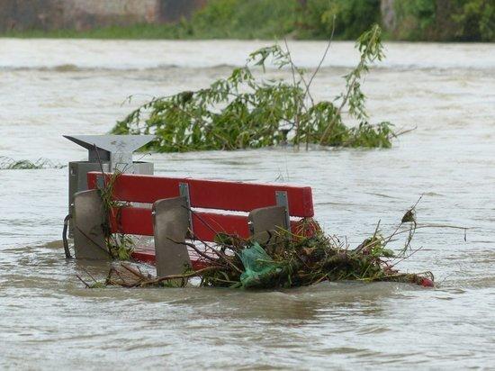 Вертолет Ми-8 направили из Бурятии в Забайкалье из-за наводнения