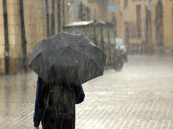 Жителей Крыма предупредили об угрозе отключения социальных объектов из-за дождя