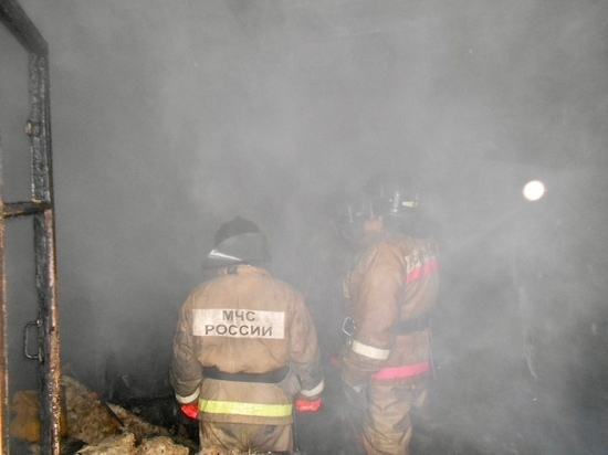 В расселяемых домах Муравленко установят камеры после ночного поджога «деревяшки»