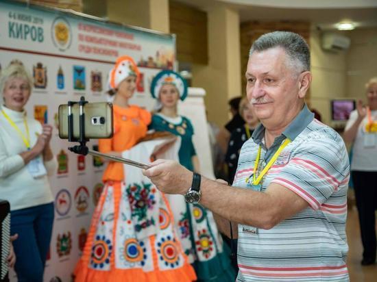 Псковские пенсионеры примут участие в чемпионате по компьютерному многоборью