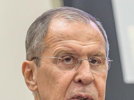 """Лавров заявил о """"гибридной войне"""", ведущейся против России"""